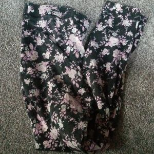 Pink by Victoria Secret floral leggings